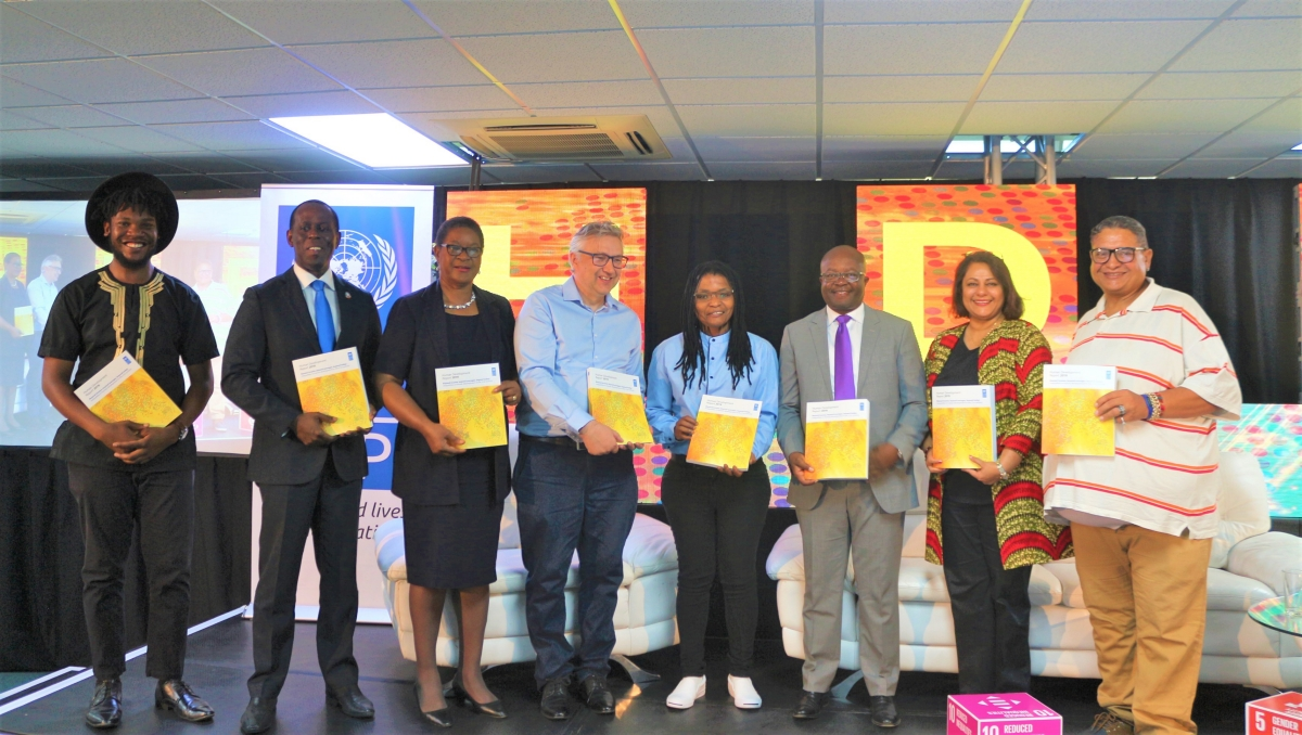 panelists and participants from the launch of the HDR